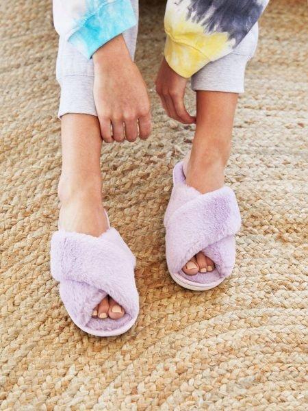 Lilac Skylar Fluffy Slippers